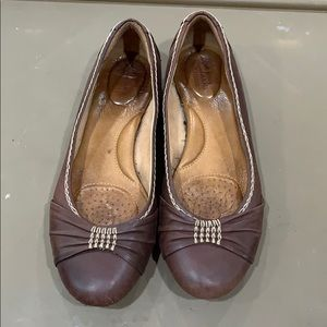Shoes - Clerks Women's flats size 8.5